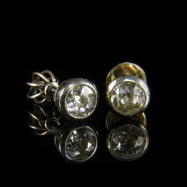 Gyémánt köves bouton fülbevaló pár
