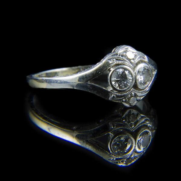 Fehérarany gyűrű gyémánt kövekkel (0.22 ct)