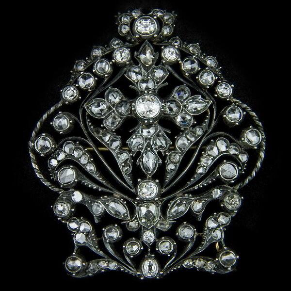 Gyémánt köves bross