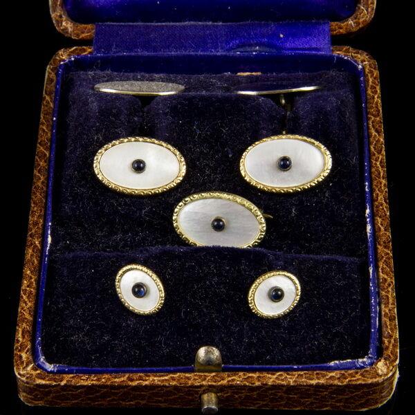 Mandzsetta gomb pár gyöngyház és zafír kövekkel