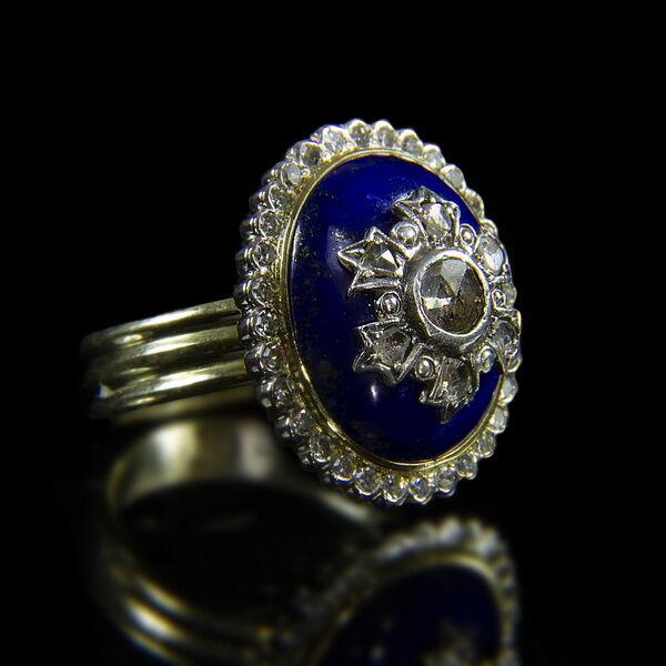 Arany gyűrű lápisz lazuli és gyémánt kövekkel