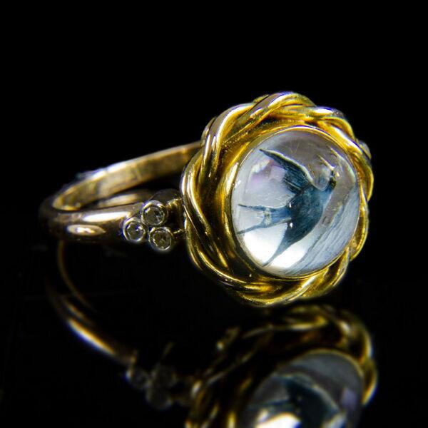 Fecskés gyöngyházköves arany gyűrű