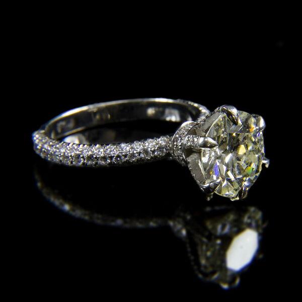 Szoliter fazonú fehérarany gyűrű 3 ct-os gyémánt kővel