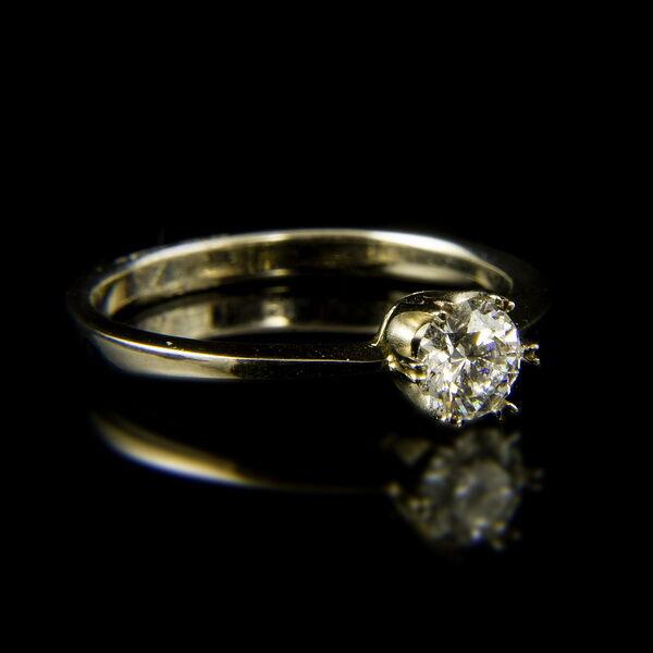 14 karátos fehérarany eljegyzési gyűrű briliáns csiszolású gyémánt kővel (0.44 ct)