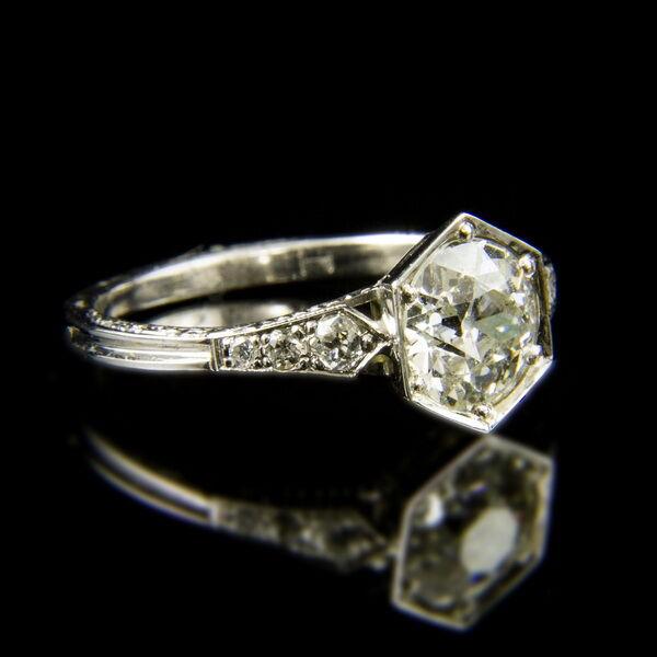 14 karátos szoliter fazonú fehérarany gyűrű régi csiszolású gyémánt kővel (1.523 ct)