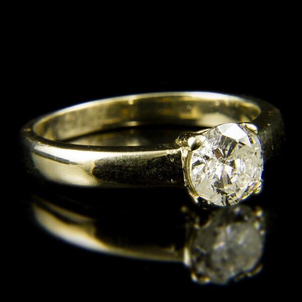 18 karátos sárgaarany szoliter gyűrű briliáns csiszolású gyémánt kővel (1.035 ct)