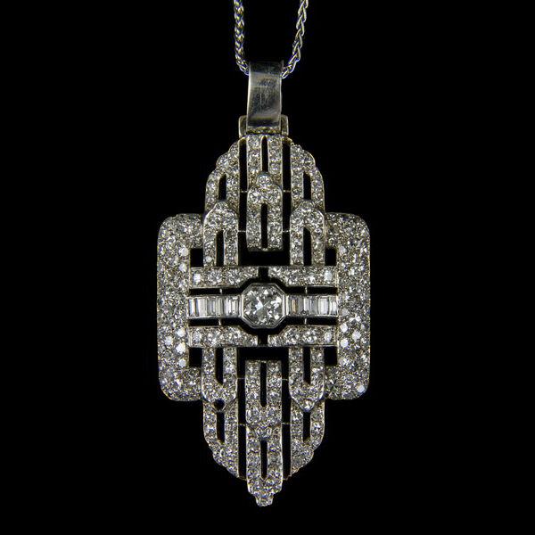 Art deco gyémánt köves platina medál