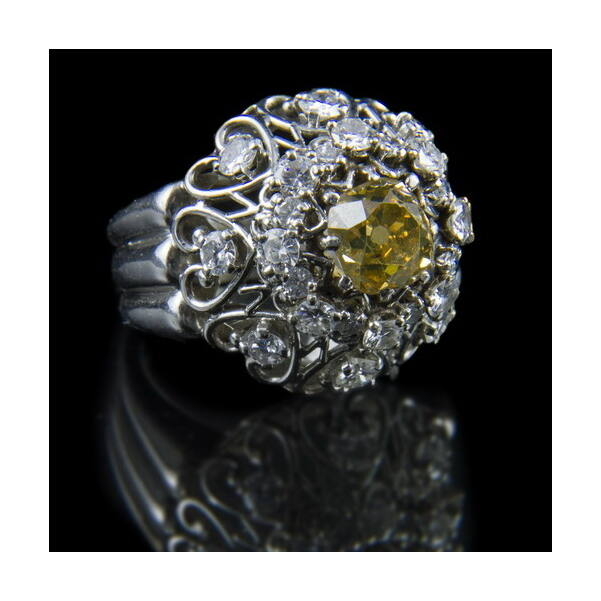 Platina gyűrű konyak színű gyémánt kővel