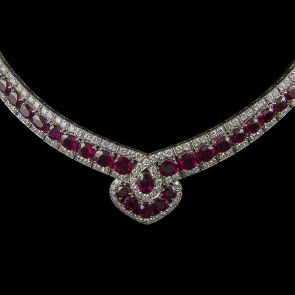Rubin gyémánt fehérarany nyakék