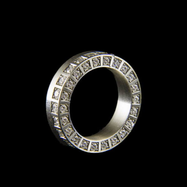 Platina gyémánt köves sport gyűrű