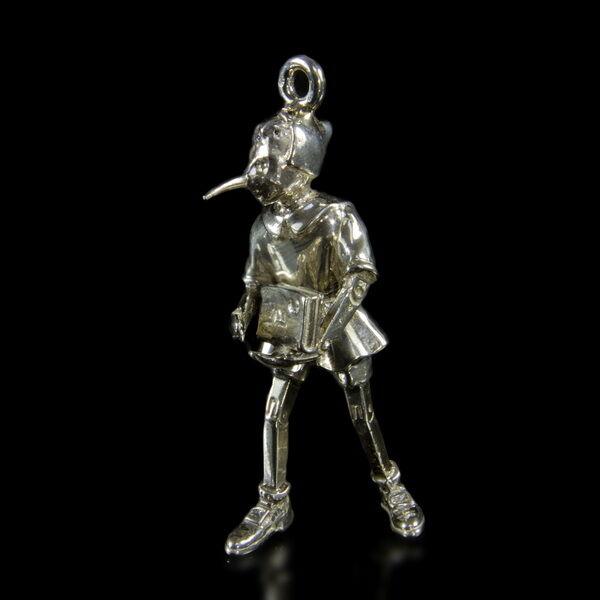 Mini ezüst Pinoccio figura