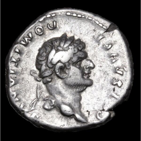 Római ezüst érme - Domitianus császár ezüst denarius