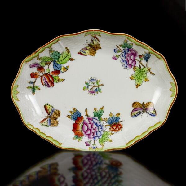 Herendi porcelán Viktória mintás ovális tálka