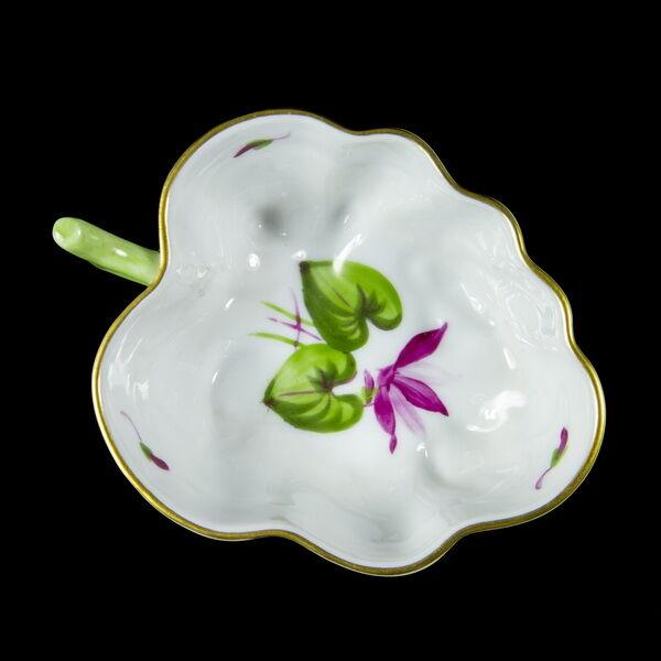 Herendi porcelán virágmintás levél alakú tálka