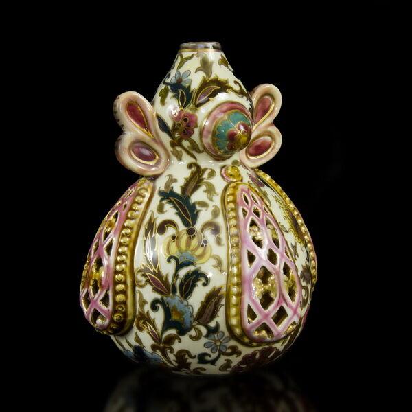 Zsolnay lopótök forma váza