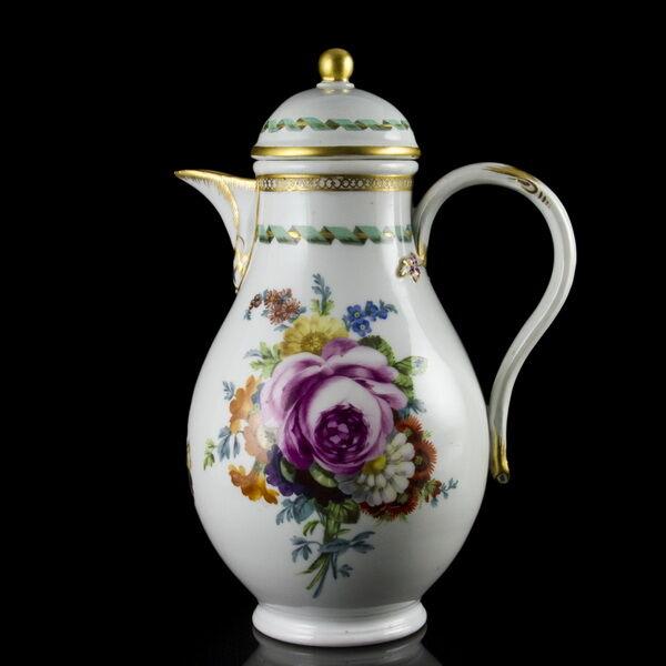 Meisseni (1774-1814) porcelán kávés- és teáskanna fedelével